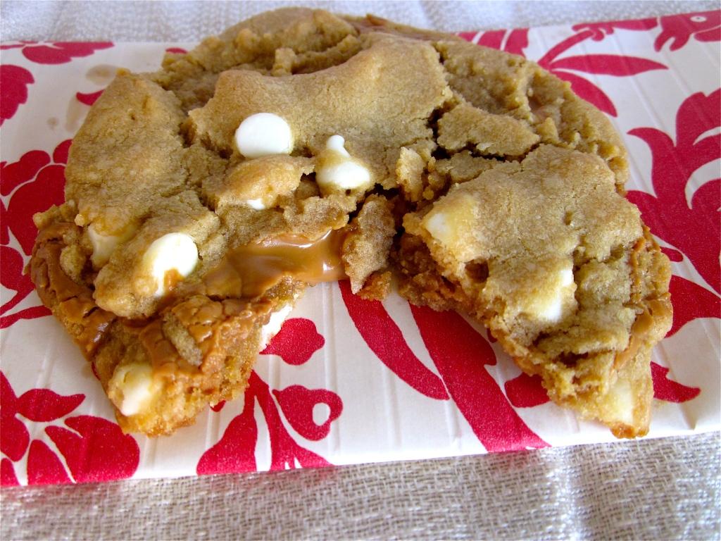 Biscoff Stuffed White Chocolate Chip Cookies | The Food Charlatan