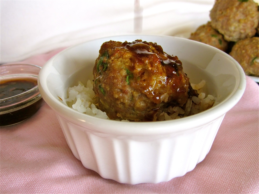 Asian Turkey Meatballs with Lime Sesame Dipping Sauce - The Food ...